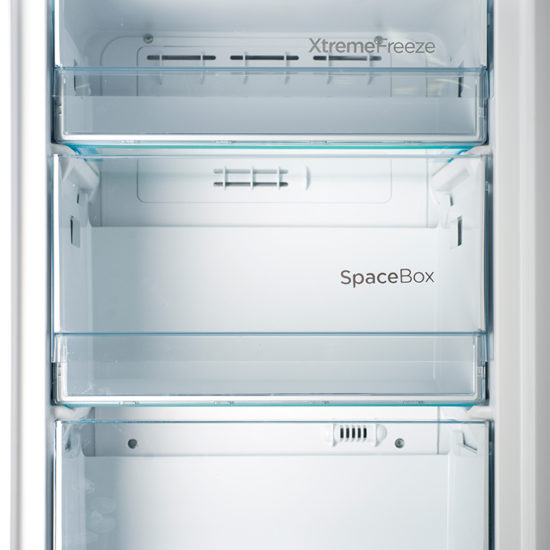Chambers Appliances retro refrigerator SuperCool and FastFreeze feature